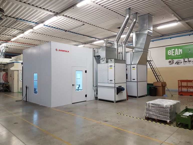 Beam semi-automatic painting system Italy