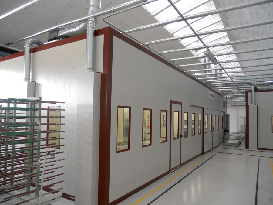 LE CUCINE DEI MASTRI plant in Italy - Painting systems Ardesia s.r.l.