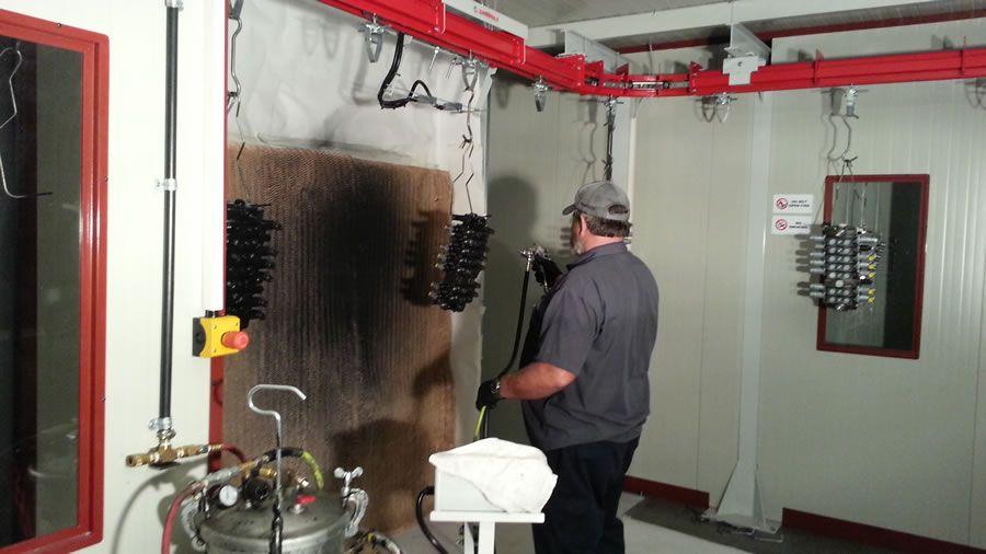 Walvoil semi-automatic painting system (Tulsa Oklahoma USA) - Ardesia projects
